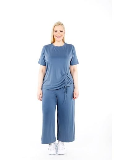 Luokk Anna Düşük Omuzlu Yuvarlak Yaka Kadın Tshirt Mavi